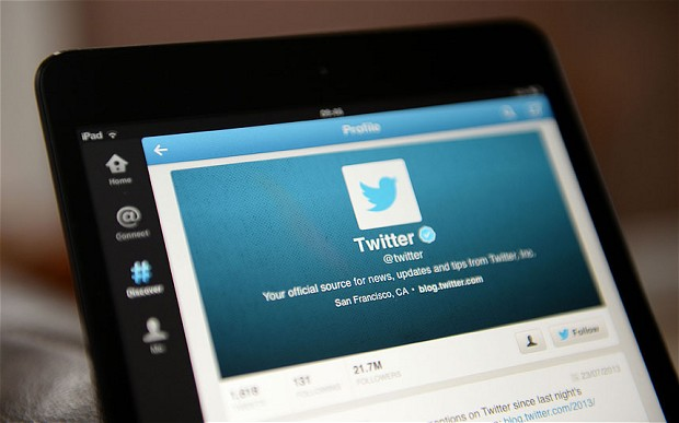 Twitter to change its layout like Facebook design update